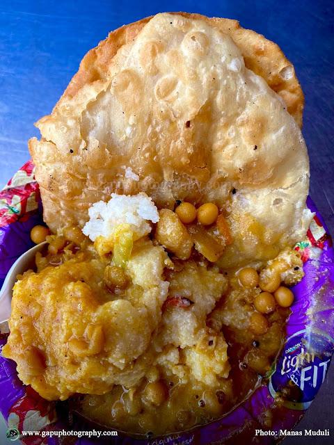 Puri-Upma and Ghuguni at Anna South Indian Sweets & Tiffin Center, Bhubaneswar
