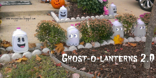 easy and simple outside Halloween decorations made out of recycled gallon jugs,