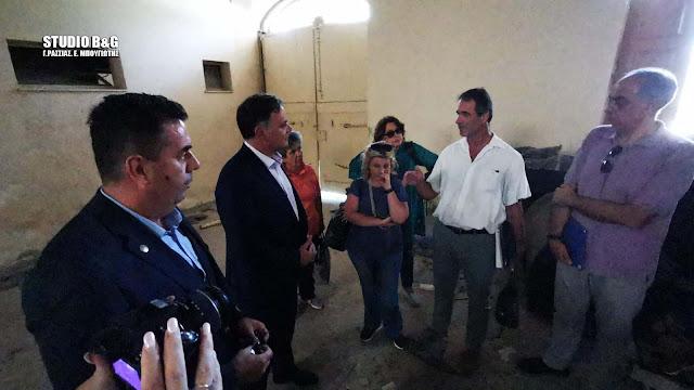Το κτίριο του παλιού Τελωνείου και τον Αγ. Νικόλαο στο Ναύπλιο επισκέφθηκε ο Γ.Γ. Πολιτισμού Γ. Διδασκάλου