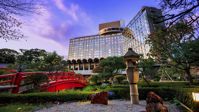 Surrounded by a beautiful 400-year old Japanese garden, Hotel New Otani Tokyo is situated in central Tokyo and offers comfortable accommodation less than a 10-minute walk from 5 subway lines.