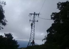 Más de 100 horas sin luz pasaron en Ocumare de la Costa
