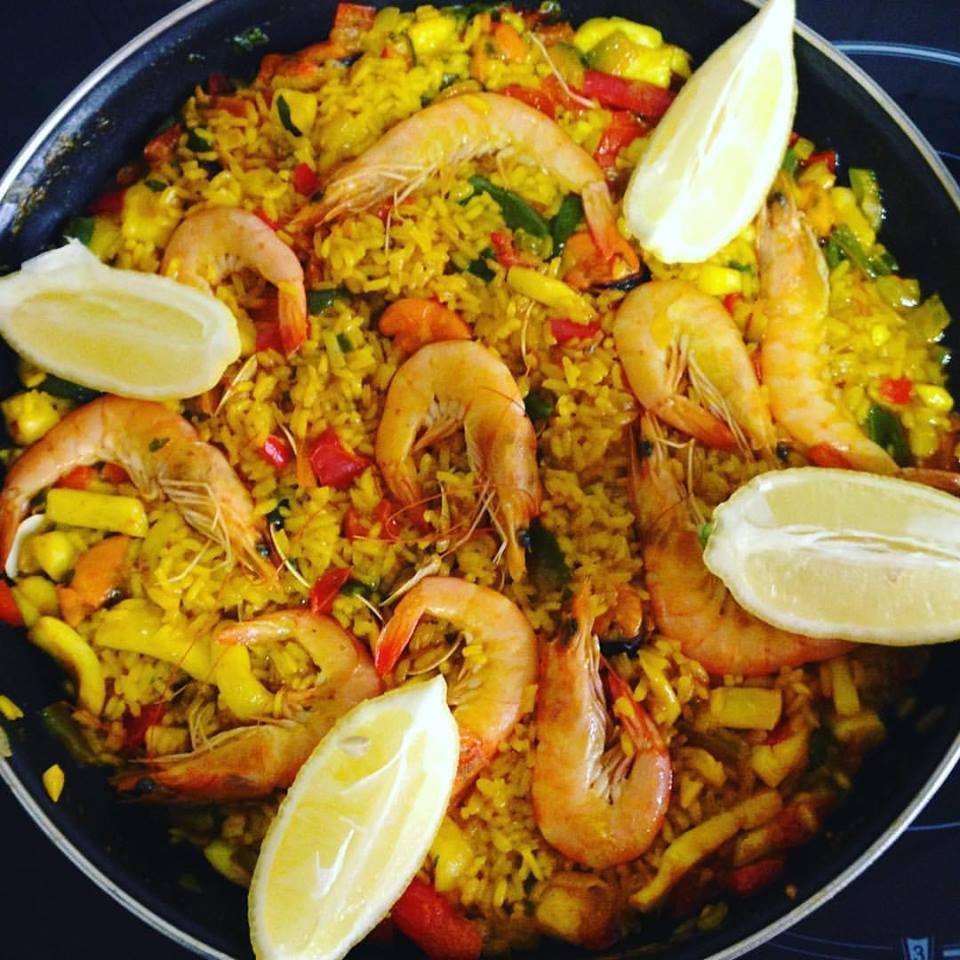 Solo yo que comemos hoy arroz paella de pescado - Paella de pescado ...