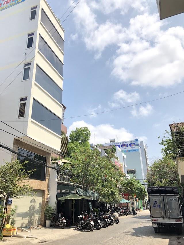 CẦN BÁN BUILDING CỰC ĐẸP KHU VỰC VIP K300 - ĐƯỜNG A4.