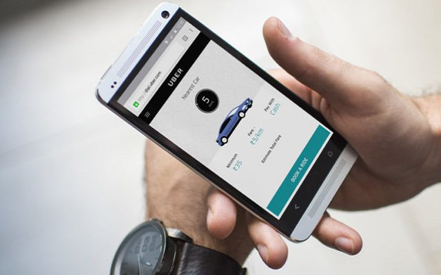 Uber adds  messaging app  between riders and drivers