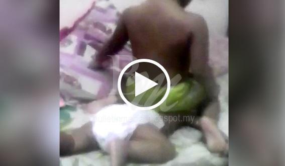 [VIDEO] Ibu Dikecam Biarkan Kakak 'Buli' Adik Kecil, Si Ibu Tergelak2 Ketika Merakam !