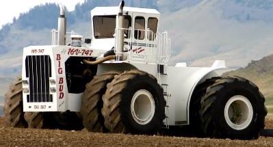 दुनिया का सबसे बड़ा ट्रेक्टर, Tractor