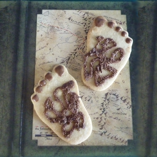 Feet shaped cookies Hobbit halfling fantasy foot