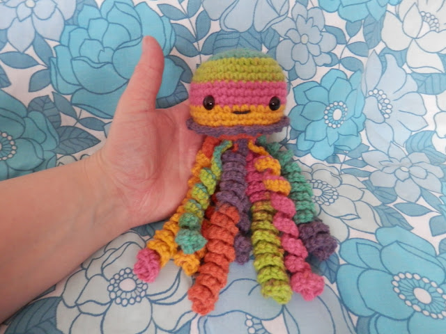 I made a thing, crochet baby jellyfish. By UK crochet blogger secondhandsusie.blogspot.com #crochet #amigurumi #crochetjellyfish #crochetblog