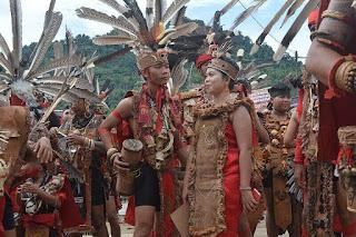 Sejarah Suku Dayak Adat Istiadat hingga kebudayaan