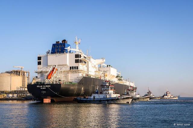 بعد توقف 8 سنوات ميناء دمياط يستقبل اول سفينة لتصدير الغاز المسال