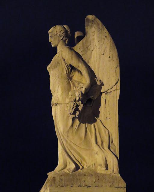 Statue of Victory, Piazza della Vittoria, Livorno