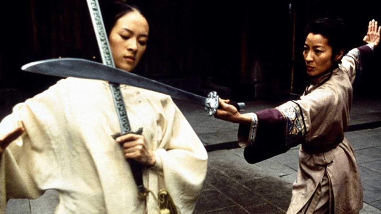 Michelle Yeoh vs Zhang Ziyi : ミシェール・ヨー VS. チャン・ツィイー ! ! の女同士の約5分間のスゴい対決をあらためて、お楽しみください ! !