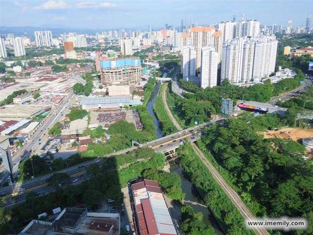 Riana Dutamas connected with DUKE Highway, SPRINT Highway, PLUS Highway, NKVE Highway, Jln Segambut and Jln Kuching and KTM Segambut