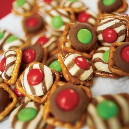 Holiday Pretzel Treats Recipe