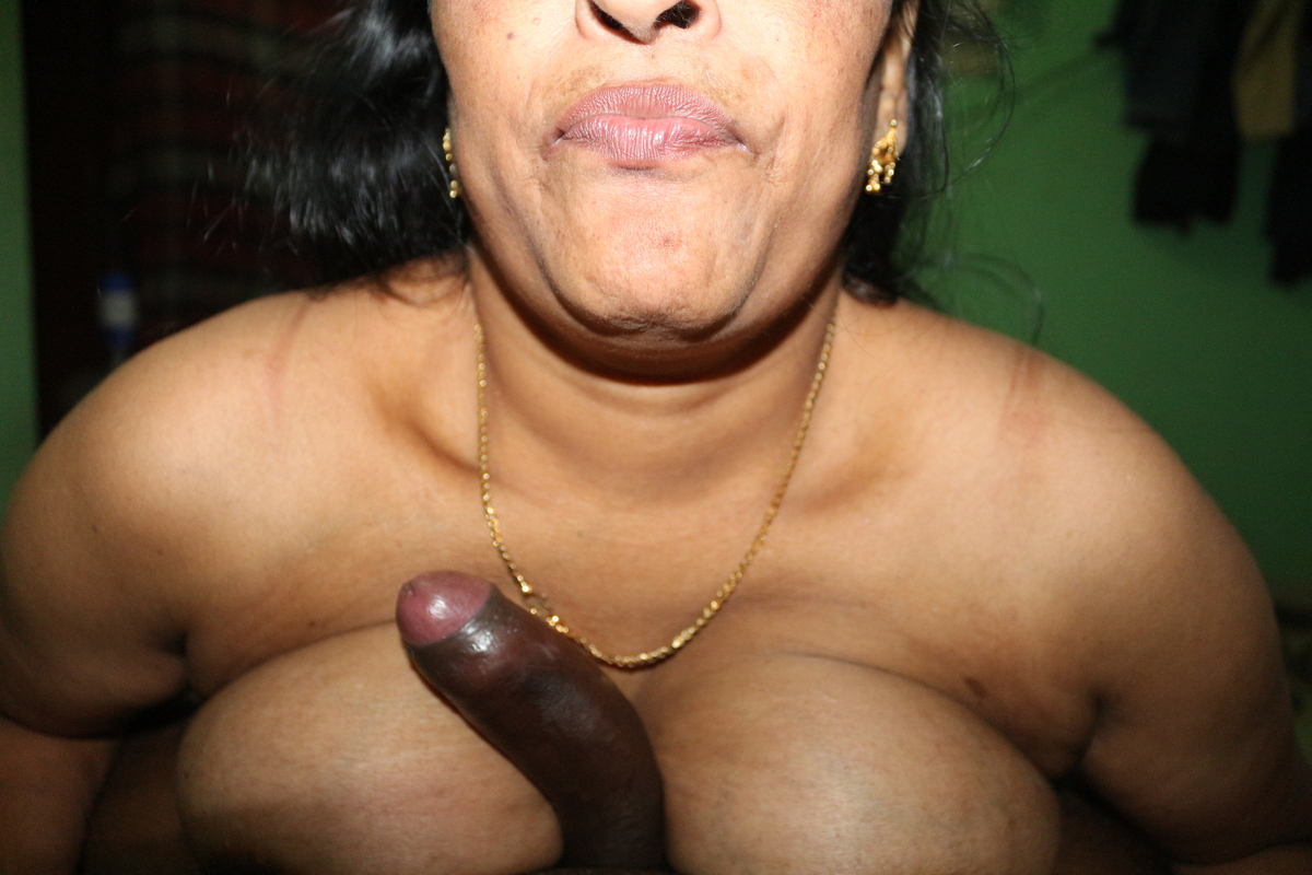 Hot aunty indian chat