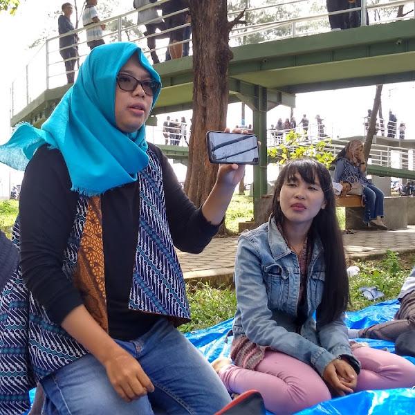 Belajar Motret Bersama Mbak Komi Kendy