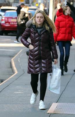 Dakota Fanning pictures & hot photos news