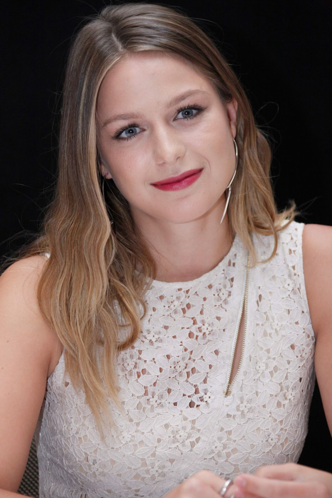 Full HQ Photos of Melissa Benoist At Comic Con In San Diego