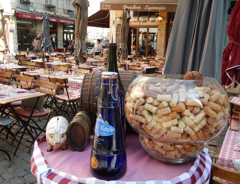 Bouchon Lyonnais dans le quartier Saint-Jean