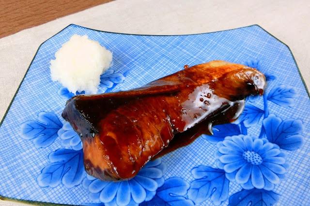 定番おかず!ぶりの照り焼きは下ごしらえ不要の簡単料理でおすすめ!