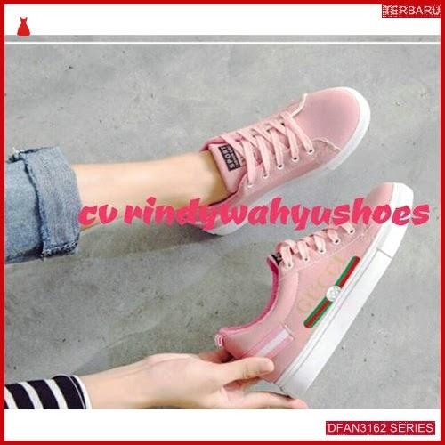 DFAN3162S40 Sepatu Gp 02 Sneakers Wanita Sneakers Murah BMGShop