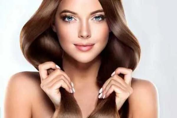 अपने बालों को रंगने के फायदे और नुकसान