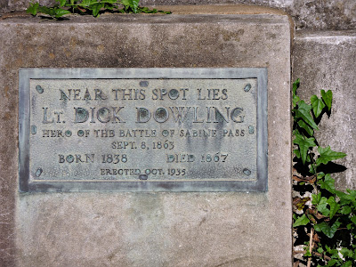 Lt. Dick Dowling grave-side plaque