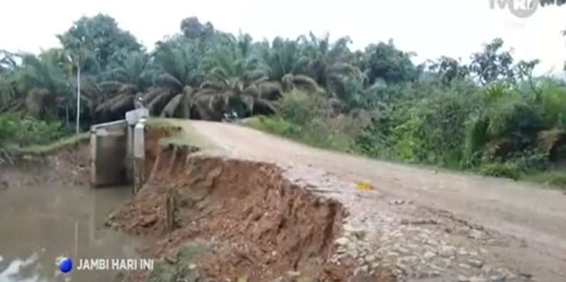 Curah Hujan Tinggi, Akses Jalan Warga Terancam Putus