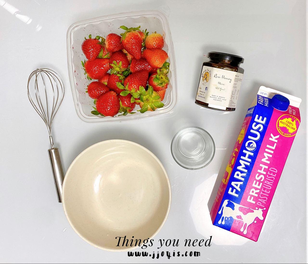 strawberry milk, strawberry milk latte, strawberry latte, homemade, healthy drink
