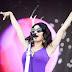 """Conheça mais sobre Marina, cantora que está bombando no TikTok com """"Hermit the Frog"""""""
