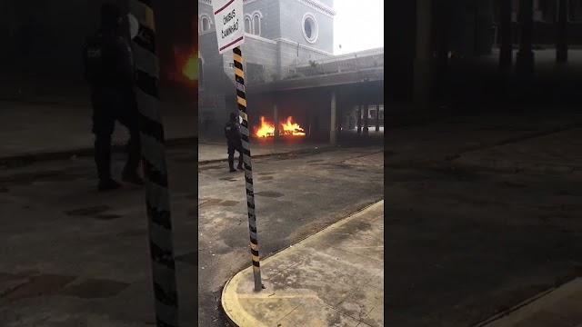 Incêndio é registrado embaixo de viaduto no santuário de Sobral; veja vídeo