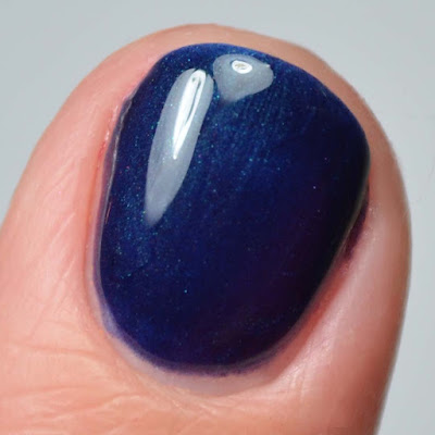 blue color shifting nail polish close up swatch