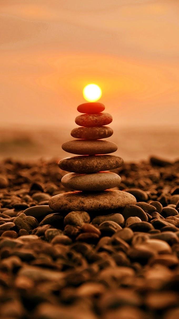 Por do Sol Pedras Empilhadas