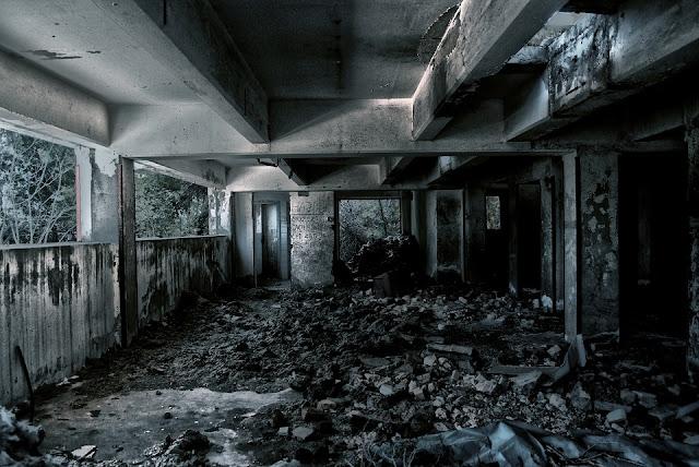 ruines2.jpg