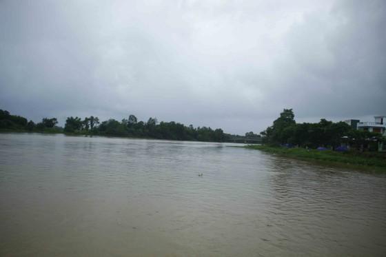 Lũ trên các sông Quảng Ngãi đang lên