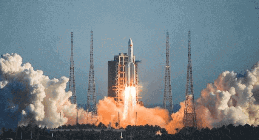 China successfully launched the Long March 5B rocket, tested the prototype of the new spacecraft and returned the cargo to the space capsule, taking an important step towards the establishment of a space station.