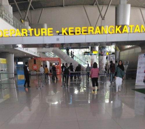 Bandara Juanda T2 untuk tujuan ke laur negeri