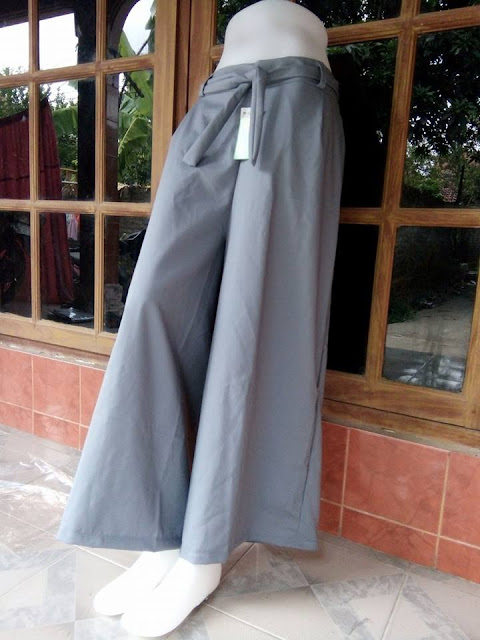 Celana Kulot Taipan Tropical (Serat Linen) Abu-abu