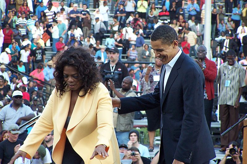 Winfrey and Obama at Williams-Brice Football Stadium in Columbia, SC (December 9, 2007)