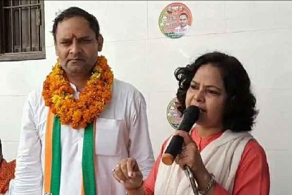 sharda-rathore-with-sohan-pal-chhokar
