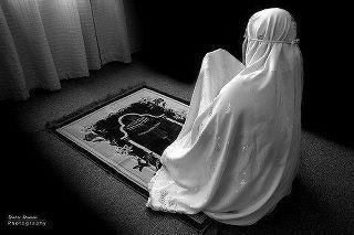 فوائد الصلاة للمرأه الحامل 400972_2398518327643