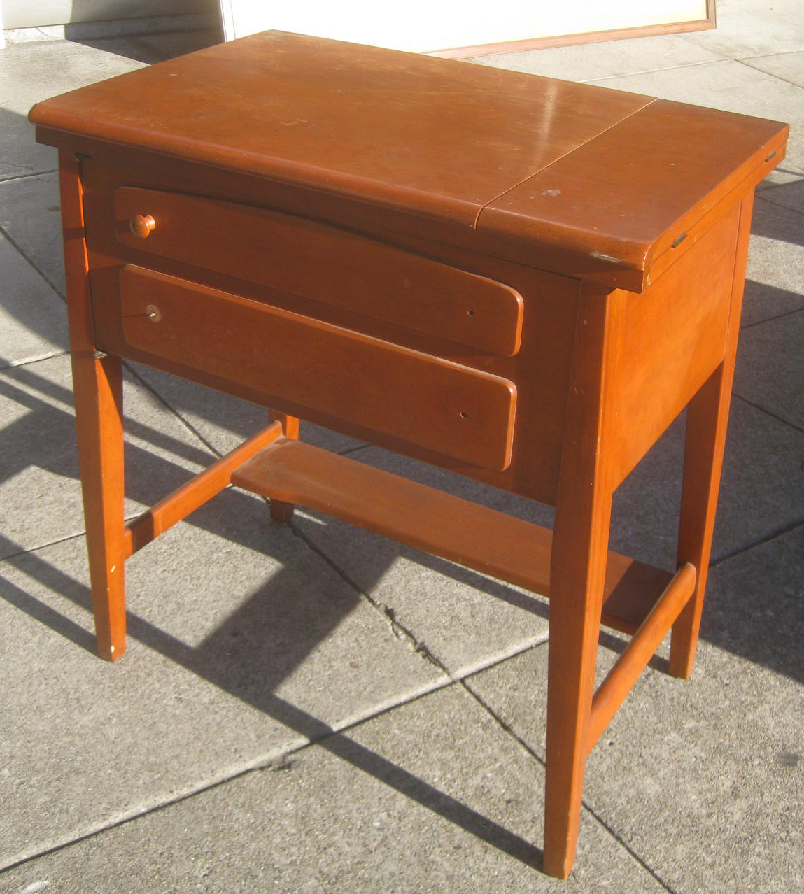 How To Profit From A Home Sewing Business: UHURU FURNITURE & COLLECTIBLES: SOLD