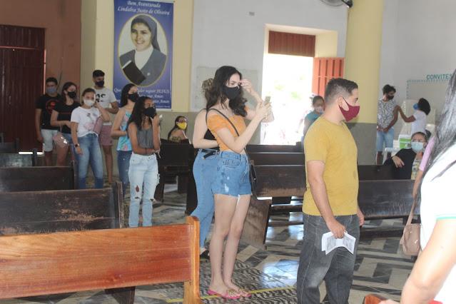 Covid-19: Caraúbas inicia imunização de pessoas com 18 anos ou mais