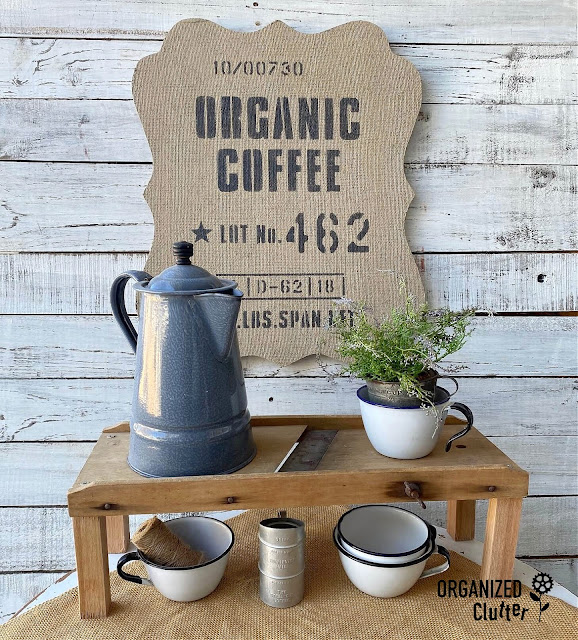 Photo of organic coffee sign painted on a burlap bulletin board