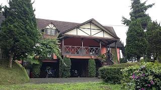 Sewa Villa Istana Bunga Cisarua Lembang