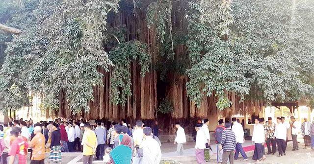 tempat mistis di lombok - Makam Loang Baloq