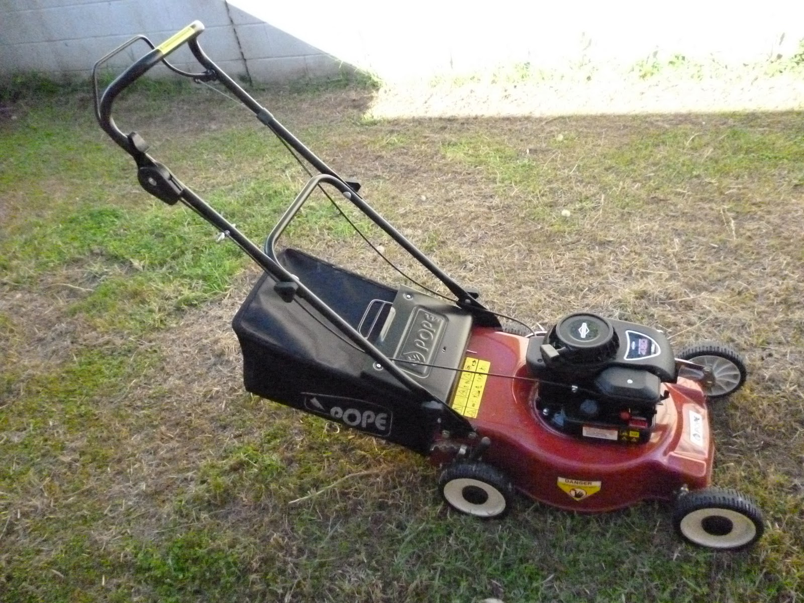 Technology Old And New Pope 101pm450 Lawn Mower Powered By Briggs Stratton