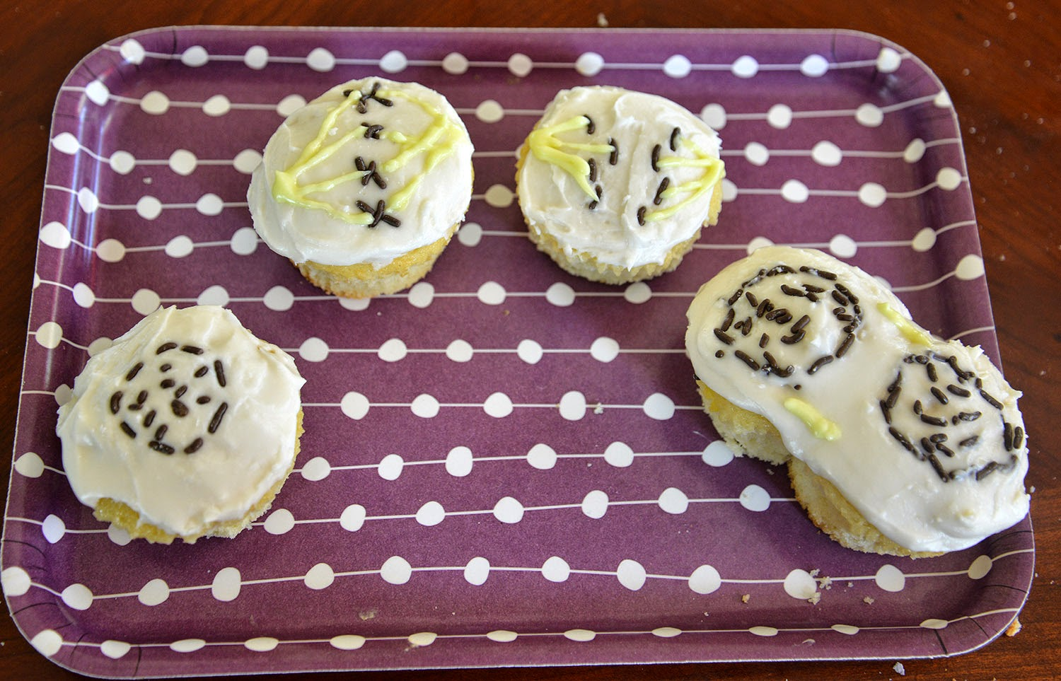 A School Of Fish: Mitosis Cupcakes
