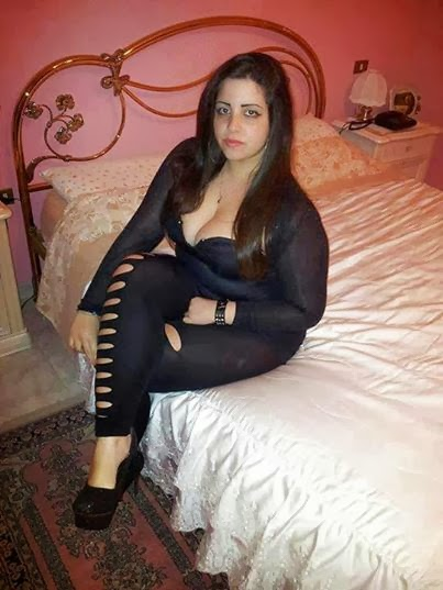 Arab Girl Hot Photo