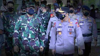 Panglima TNI dan Kapolri Kunjungi 2 Lokasi Vaksinasi Massal di JIEXPO dan Pesantren Al-Hamid Jakarta